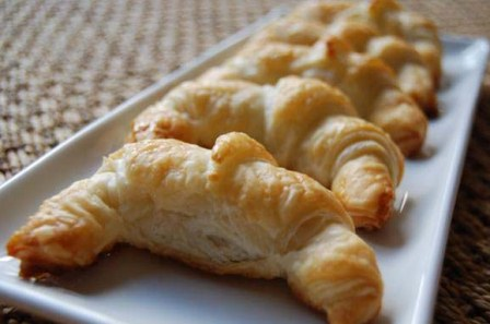 20140217135219-croissants-final1.jpg
